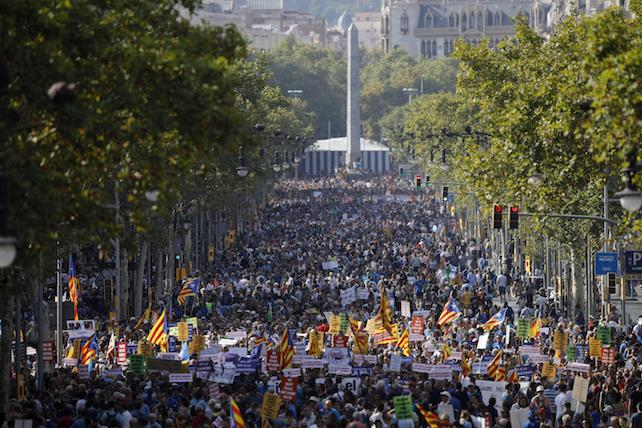 E poi ci si chiede perché quei terroristi abbiano colpito proprio Barcellona